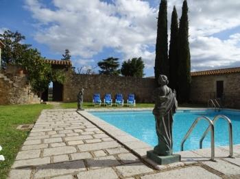 Villa in La Bisbal d'Empordà (Baix Empordà)