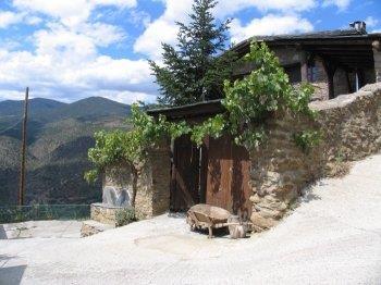 Casa rural a Calbinyà (Alt Urgell)